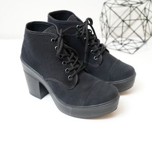 ANDREA FENZI Shoes - Andrea Platform Chunky Heel Lace Ankle Booties